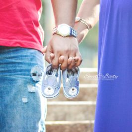 Trisha & Wayne, Botanical gardens durban, durban photoshoot, maternity shoot, blue dress, pregant, sweetcr8ivity, baby shoes, boy baby, pregnancy scan, daddys kiss, love