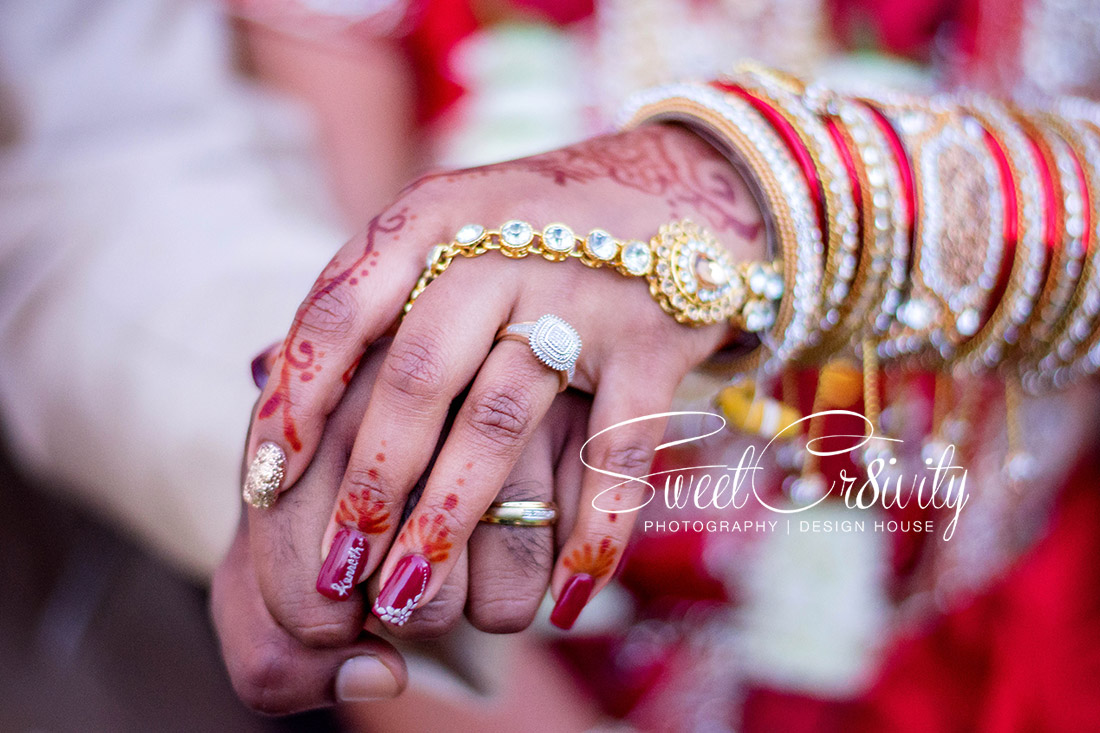 South indian wedding, best durban wedding photographers,ushaka marine world, dli hall, arthi sugrib,mystical pyros, samcat events, versatyl, shark, red sari, pre wedding shoot, creative, decor