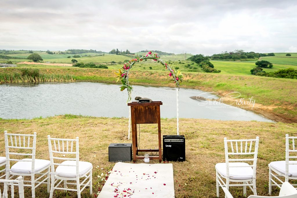 naked cakes, white wedding, best durban wedding photographers, open field, outdoor wedding, nature, sweetcr8ivity,avee and elaine lutchman, cappeny estates, ballito, sunset, over the hills,creative shoot, tractor props, bridal couple, bespoke weddings, african queen