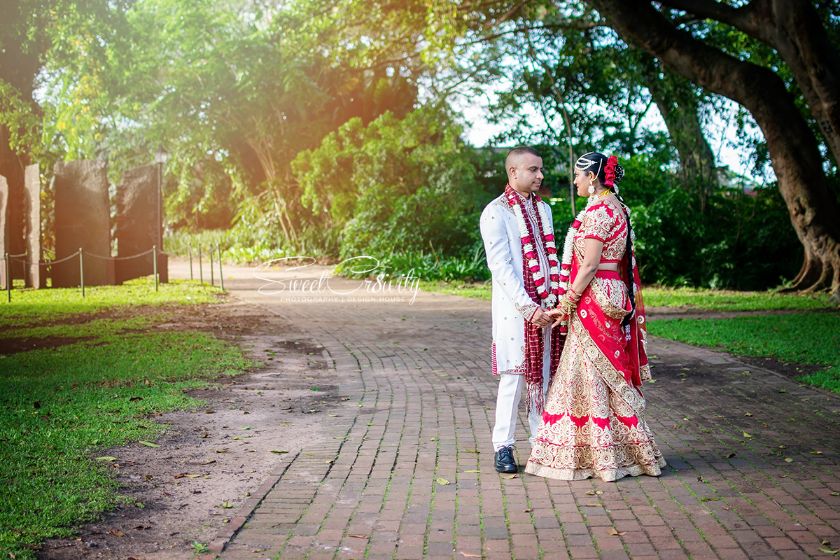 durban botanical gardens, monika and shaun, south indian wedding, sweetcr8ivity, elaine and aveen lutchman, best durban wedding photographers, bhagwans caterers, kevint, snap that