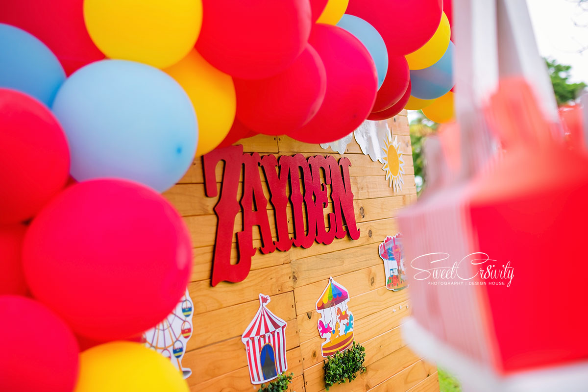 1st birthdayparty, kiddies parties umhlanga, sweetcr8ivity, Best durban photographers,carnival theme, clown,funfair,themed party, rides, clown, pixiedust parties, thepolkadot company,cake