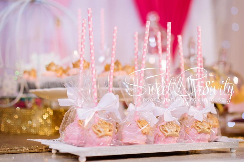 3rd princess themed birthday party, golden palm function venue,phoenix,durban party photographers,kiddies parties,Sweetcr8ivity,elaine and aveen lutchman,pink and white decor,crown cake pops,birthday cake,face painting